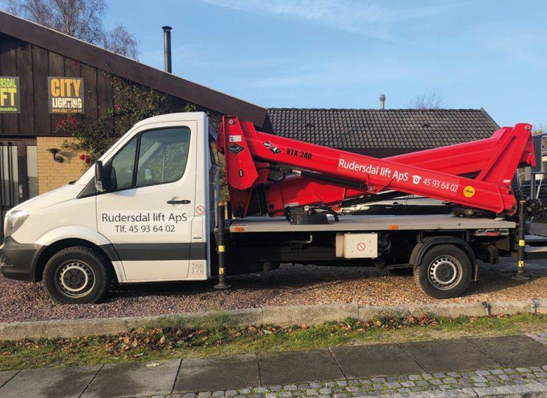 Lastbil-lifte-768x559